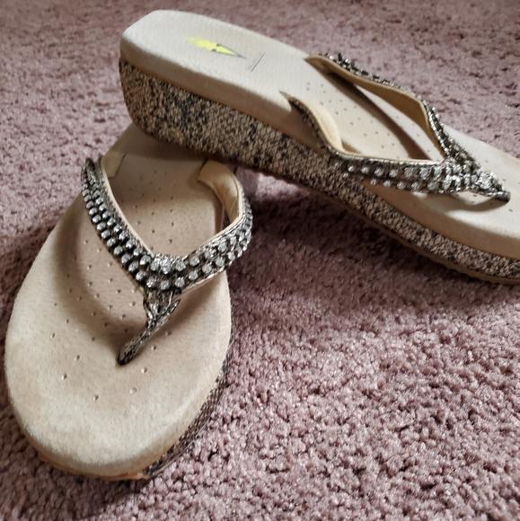 Volatile women's sandals size 10
